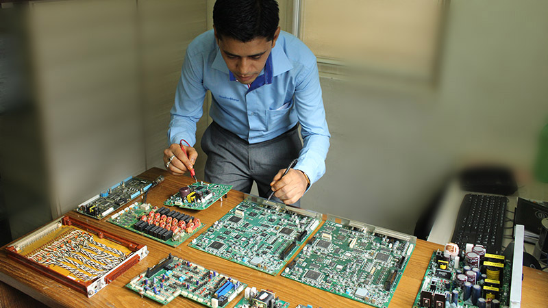 Testing of the PCB Printed Circuit boards of various equipments